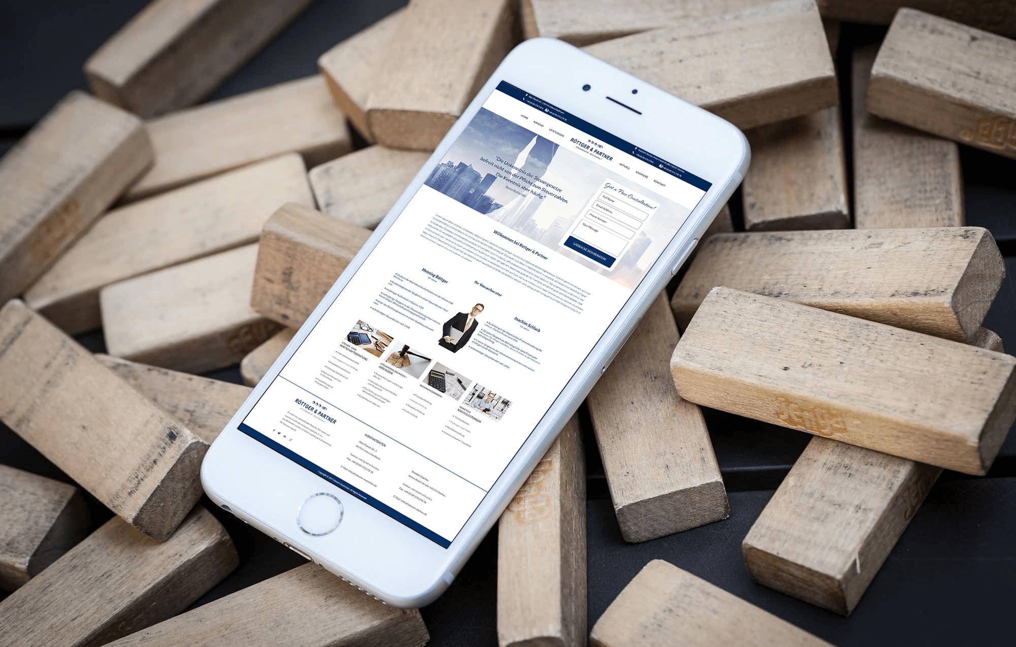 Rottger & Partner-BrandCrock-portfolio-tax-advisor-iphone