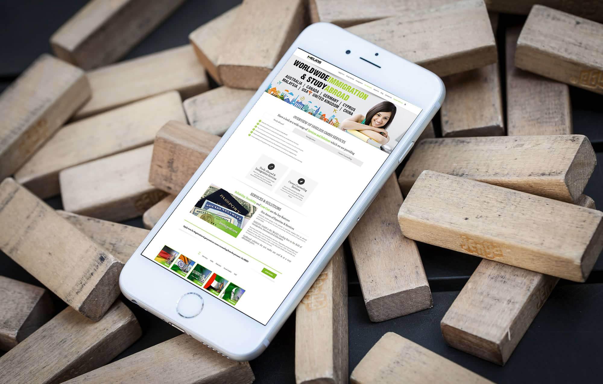 hHelios-BrandCrock-portfolio-Overview-iphone